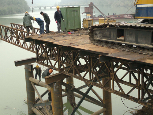 钢面桥施工过程